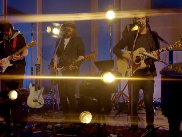 Abbey Road Presents 'Walking on Cars'